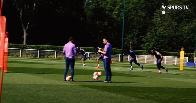 Harry Kane và Son Heung Min hăng say tập luyện cùng đồng đội - 2