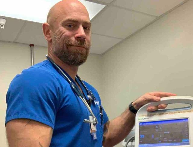 Virus corona đã tàn phá sức khỏe của một y tá khỏe mạnh như thế nào? - 4