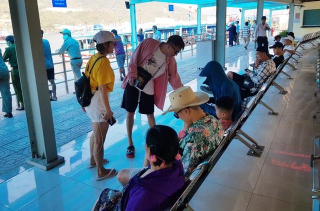 Cận cảnh bến tàu du lịch Nha Trang vừa đi vào hoạt động, sẵn sàng đón khách - 3