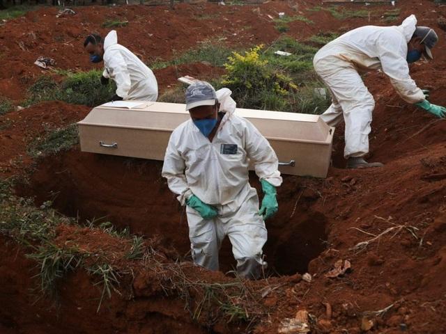 Brazil trở thành tâm dịch Covid-19 lớn thứ hai thế giới - 1