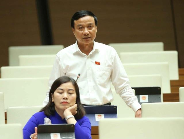 """Chính phủ tự """"cãi"""" mình khi giao quyền của Thủ tướng cho Chủ tịch Đà Nẵng? - 1"""