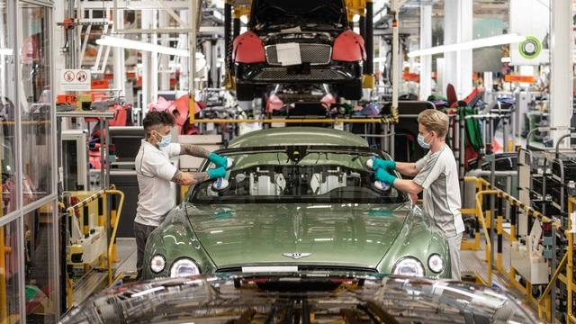 Bên trong nhà máy ô tô đầu tiên ở Anh có chứng nhận An toàn với Covid-19 - 12