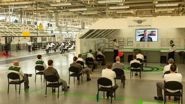 Bên trong nhà máy ô tô đầu tiên ở Anh có chứng nhận An toàn với Covid-19 - 5