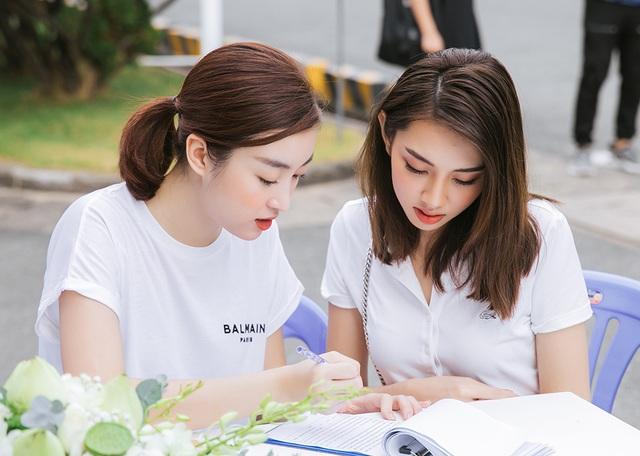 Hoa hậu Đỗ Mỹ Linh, Trần Tiểu Vy cùng dàn Á hậu đi hiến máu nhân đạo - 7