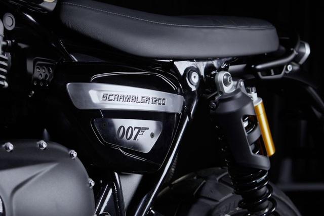 Cận cảnh hàng hiếm Triumph Scrambler 1200 Bond Edition 2020 - 4