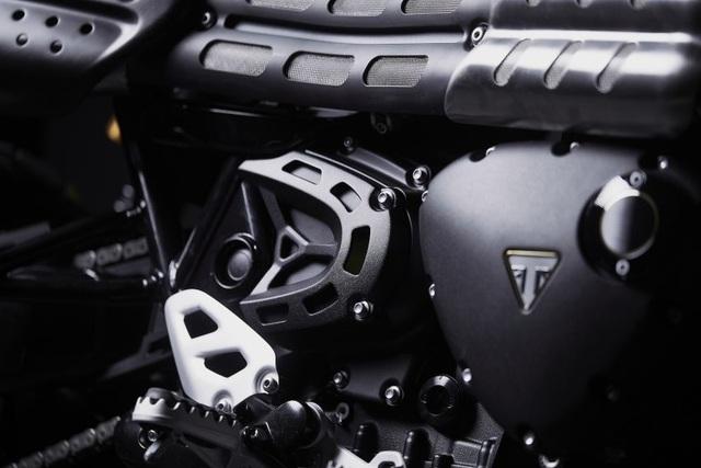 Cận cảnh hàng hiếm Triumph Scrambler 1200 Bond Edition 2020 - 6