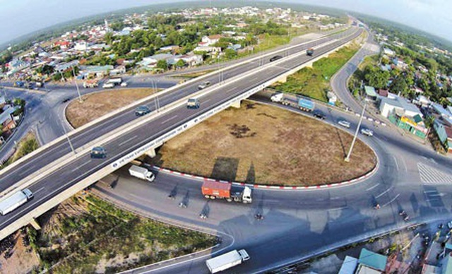 Hơn 115 tỷ đồng làm 1 km đường cao tốc Bắc - Nam - 1