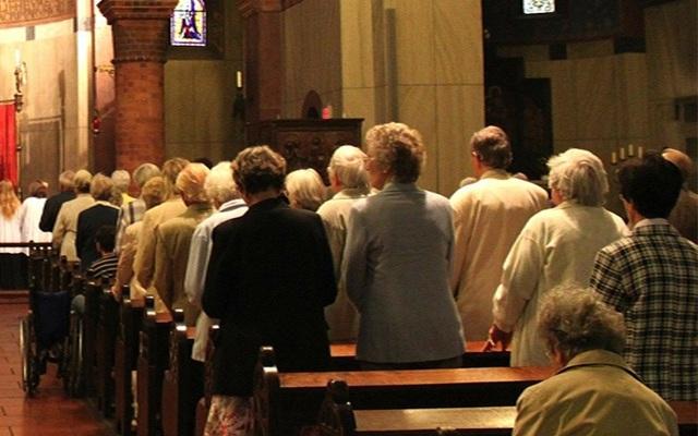 Hơn 100 người nhiễm Covid-19 khi đi nhà thờ - 1