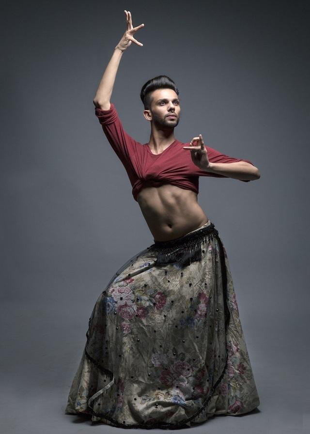 Vượt qua định kiến để trở thành nam vũ công múa bụng đầu tiên Ấn Độ - 3