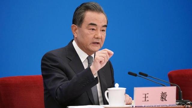 Ông Trump dọa tách rời kinh tế Mỹ - Trung, Bắc Kinh nói không thể - 1