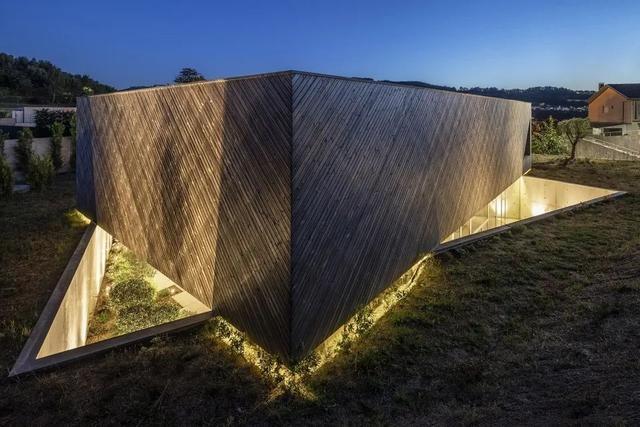 Chiêm ngưỡng 10 ngôi biệt thự có kiến trúc độc đáo trên thế giới - 13