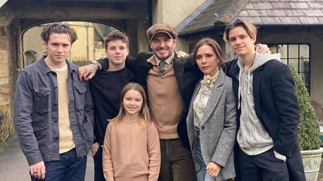Choáng ngợp trước cách đón sinh nhật hoành tráng của gia đình Beckham - 1
