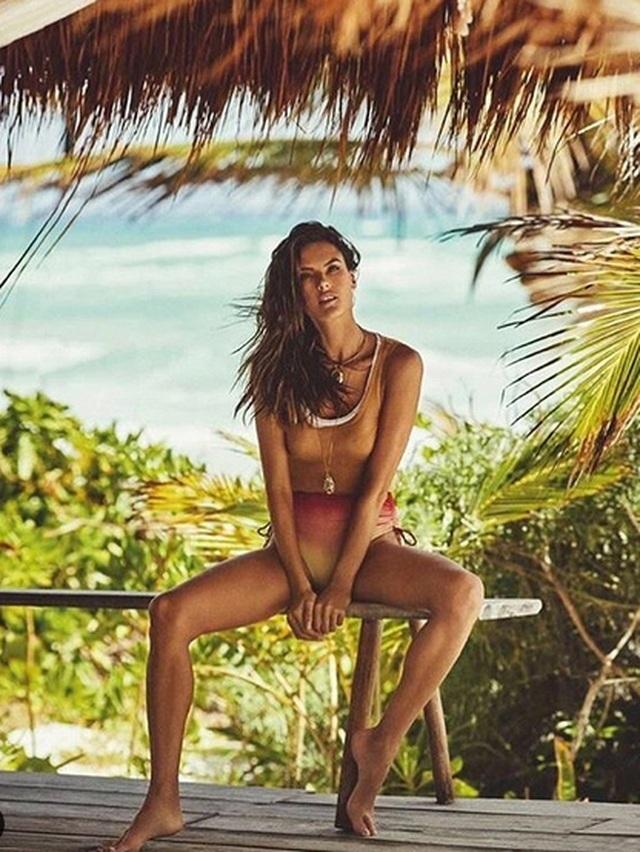 Cận kề tuổi 40, siêu mẫu Alessandra Ambrosio vẫn đẹp gợi cảm - 4