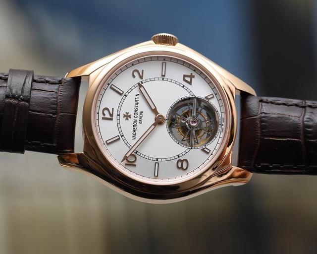 Đây là cách nghệ nhân tạo ra chiếc đồng hồ đeo tay trị giá hàng triệu USD - 3
