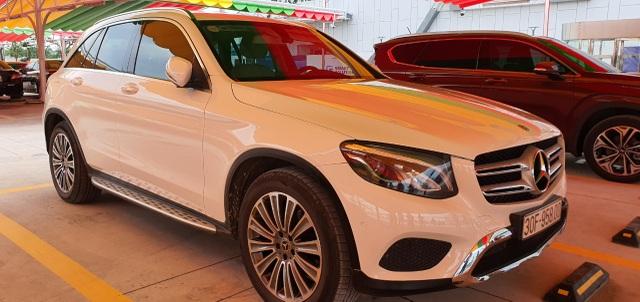 Đại gia Việt bán Porsche, Mercedes đổi lấy ô tô VinFast - 2