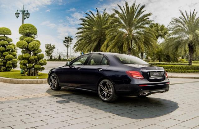 Mercedes-Benz E 300 AMG nâng cấp với giá từ 2,9 tỷ - 4