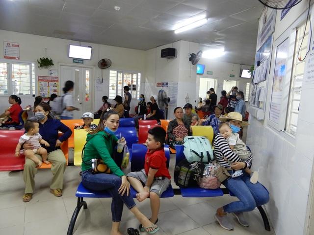 Đà Nẵng: Nắng nóng gay gắt, nhiều trẻ nhập viện