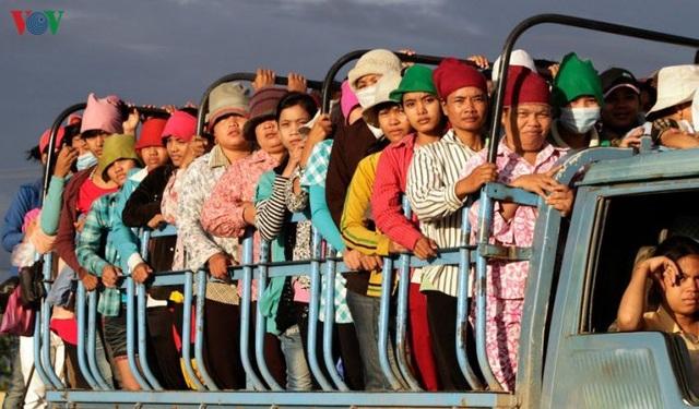 Người lao động Campuchia được nhận trợ cấp thất nghiệp do Covid-19 - 1