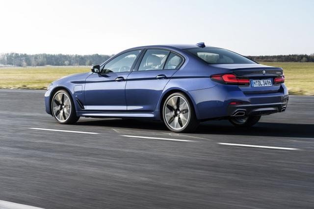 Chi tiết BMW 5-Series phiên bản nâng cấp 2021 - 3
