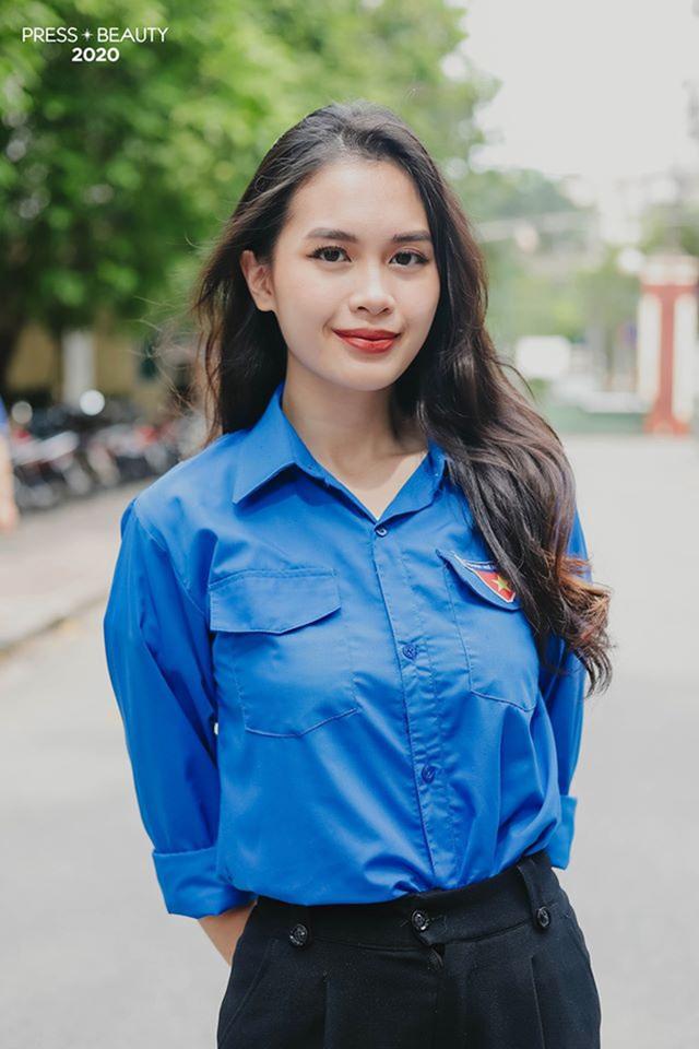 Top 10 thí sinh Hoa khôi Báo chí khoe sắc với màu áo xanh tình nguyện - 2