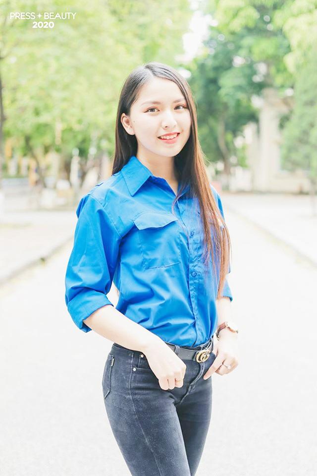 Top 10 thí sinh Hoa khôi Báo chí khoe sắc với màu áo xanh tình nguyện - 10