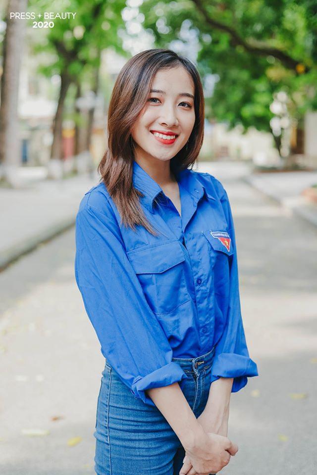 Top 10 thí sinh Hoa khôi Báo chí khoe sắc với màu áo xanh tình nguyện - 5