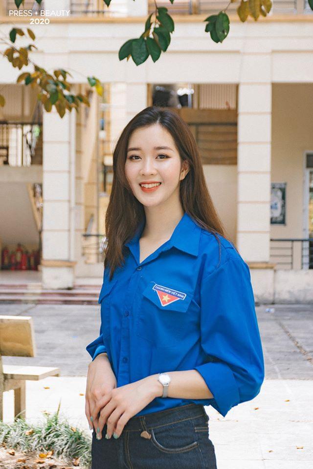 Top 10 thí sinh Hoa khôi Báo chí khoe sắc với màu áo xanh tình nguyện - 7