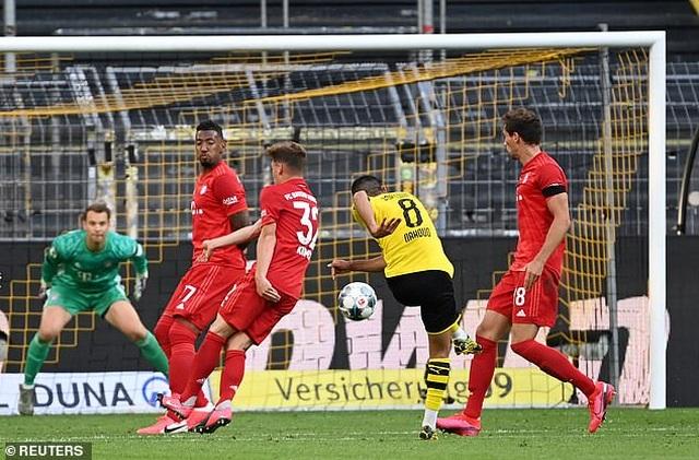 Dortmund 0-1 Bayern Munich: Siêu phẩm của Joshua Kimmich - 4