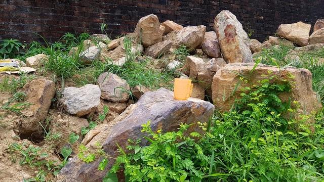 Thí điểm tu bổ bờ kè cổ 200 năm trước mặt Kinh thành Huế - 6