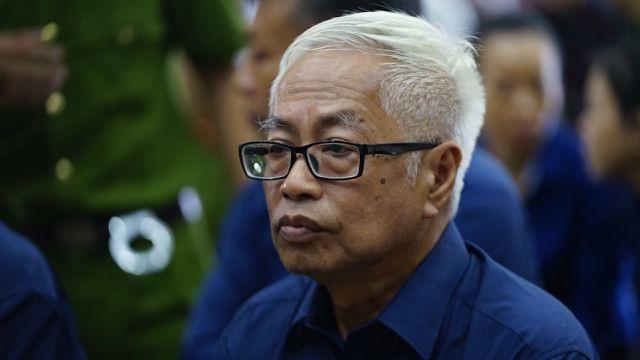 Triệu tập hàng trăm người tới phiên tòa xét xử Trần Phương Bình - 1