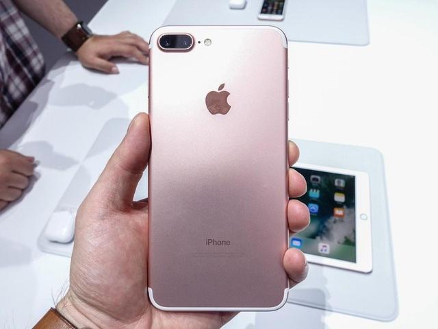 i-phone-7-plusu-1590604951618.jpg