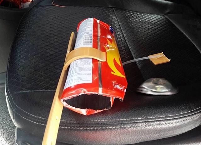 Những vật dụng không nên để trong xe vào mùa hè - 2