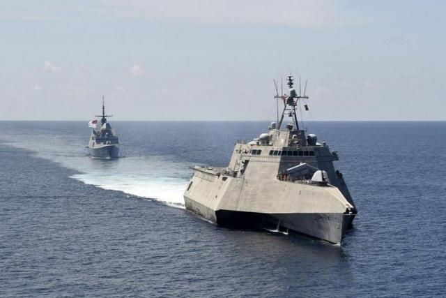 Hải quân Mỹ tập trận ở Biển Đông - 1