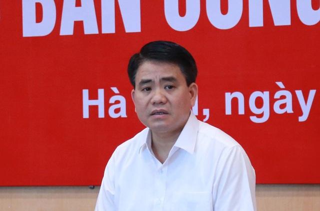 Chủ tịch Hà Nội yêu cầu cắt tỉa cây xanh trong trường học - 1