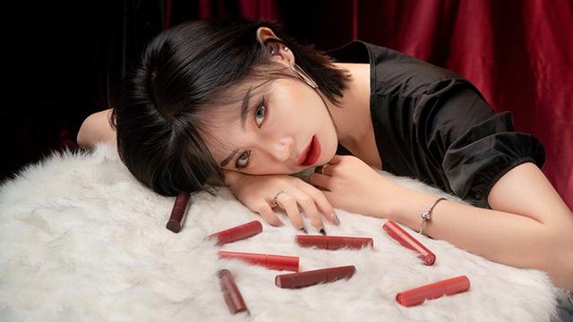 nu-sinh-truong-bao-co-tai-hoa-mat-cuc-doc-daodocx-1590765310650.jpeg