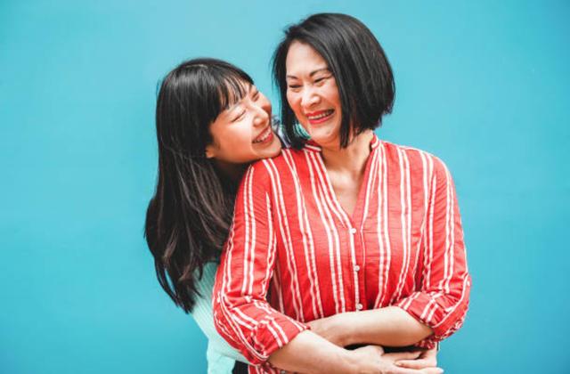 Những câu nói hay nhất về tình yêu của mẹ và con gái - 3