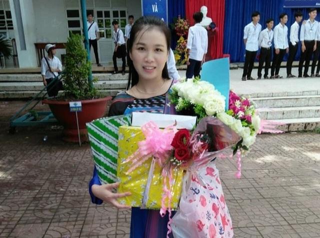 Cô giáo dạy Văn hát cải lương Truyện Kiều khiến học trò say mê - 2