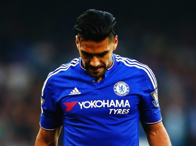 11 ngôi sao thất bại thảm hại ở Premier League - 6