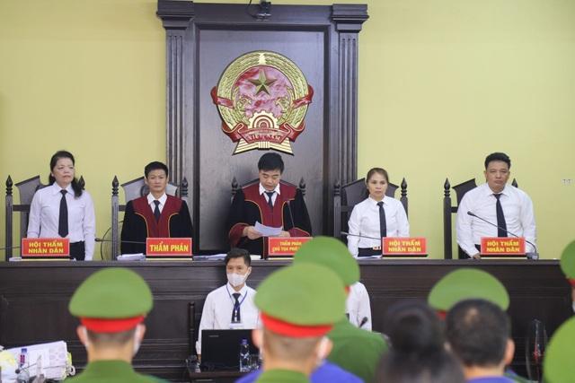 Vụ nâng điểm thi Sơn La: Lò Văn Huynh 21 năm tù, cựu Thượng tá 8 năm tù - 1