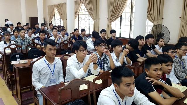Huế: Kết nối việc làm giữa 14 doanh nghiệp và sinh viên ngành CNTT - 2