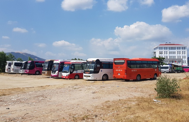 Nha Trang: Bổ sung hàng loạt bãi đỗ xe tạm, đón đầu phục vụ du lịch - 1