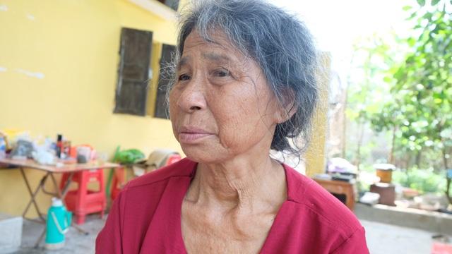 Cụ bà ôm cháu khóc lạc giọng sau vụ tai nạn cướp đi gia đình 3 mạng người - 4
