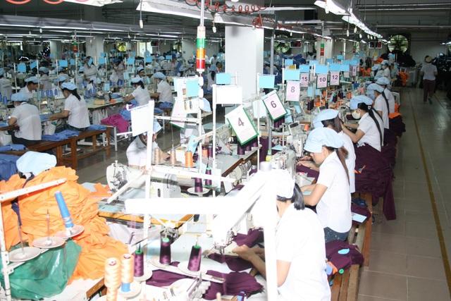 Giảm hơn 25.200 lao động tham gia BHXH do dịch Covid-19 - 1