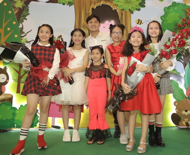 Nguyễn Văn Chung: Chuyên môn đánh giá nhạc thiếu nhi là... những đứa trẻ - 2