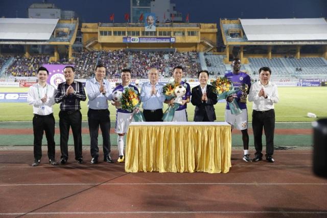 CLB Hà Nội thắng đậm Đồng Tháp, tiến vào tứ kết Cúp Quốc gia - 1