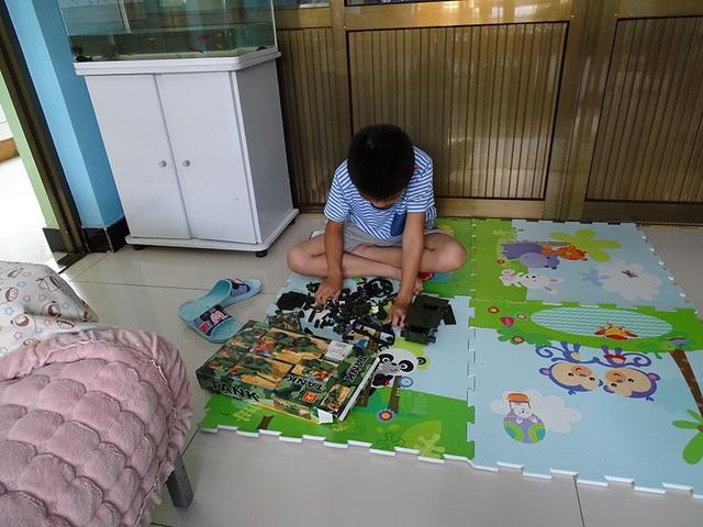 Nhìn món đồ chơi yêu thích nhất của trẻ nhỏ, người lớn có nhiều nghĩ suy - 24