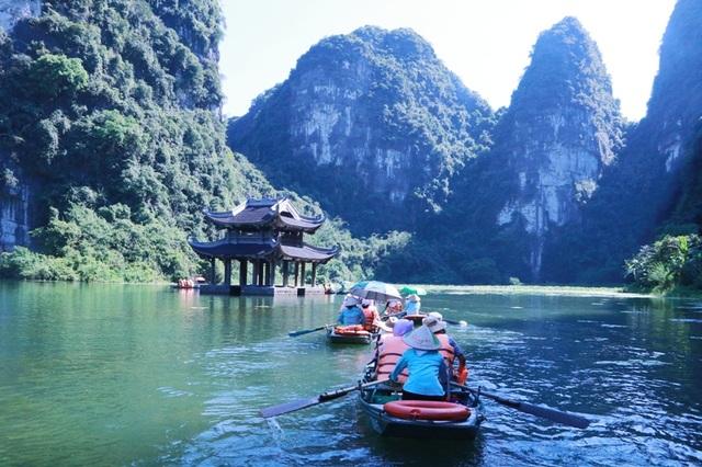 Du lịch Ninh Bình miễn phí mùa đẹp nhất trong năm - 8