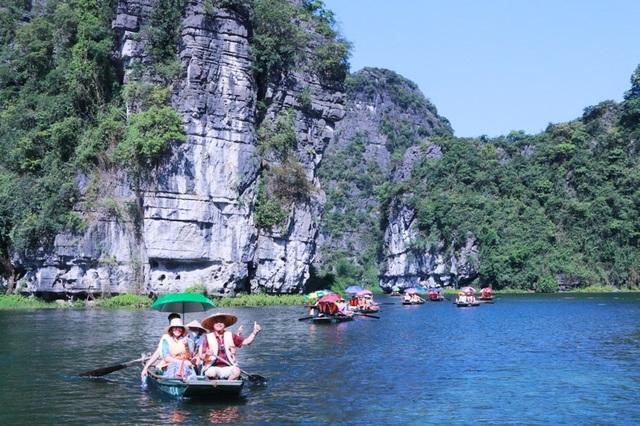 Du lịch Ninh Bình miễn phí mùa đẹp nhất trong năm - 3
