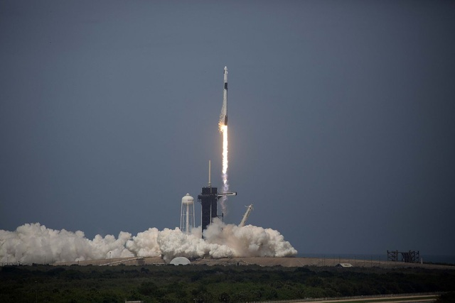 Technology helps SpaceX win over Boeing