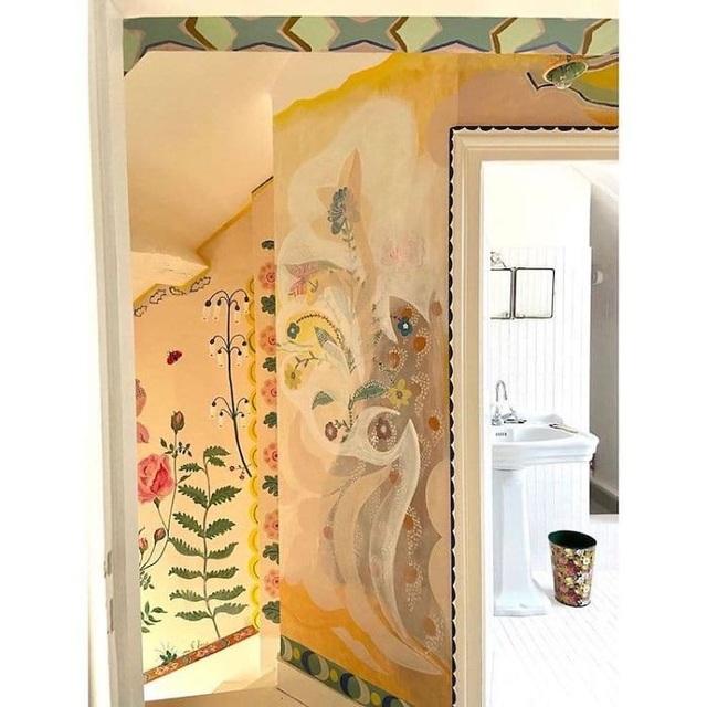 Buồn chán vì nghỉ làm tránh dịch, nữ họa sỹ trang trí nhà đẹp như cổ tích - 7
